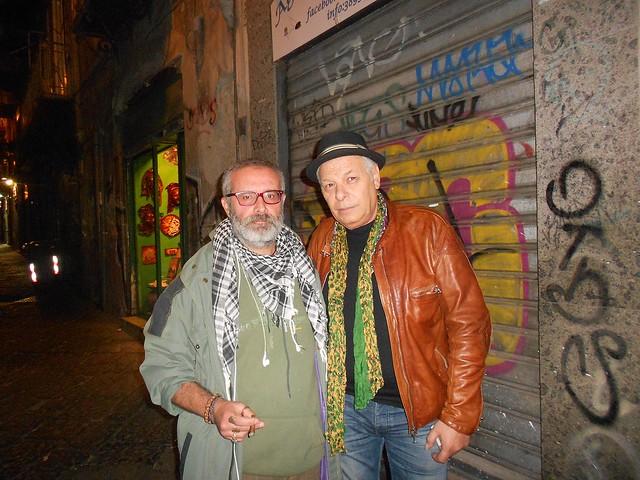 Antonio Tortora con il cantautore partenopeo Enzo Gragnaniello