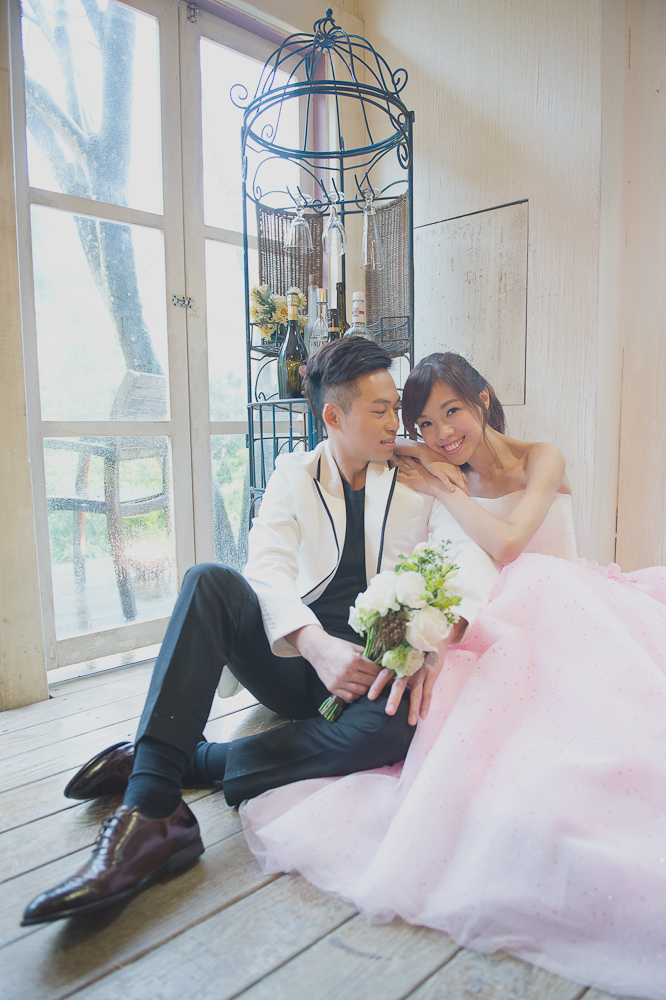 Giny,Dream婚紗工坊,愛瑞思造型團隊,莫尼婚攝,自助婚紗,蓬鬆盤髮,甜美造型,19度咖啡館,法鬥攝影棚,trattoria di Primo
