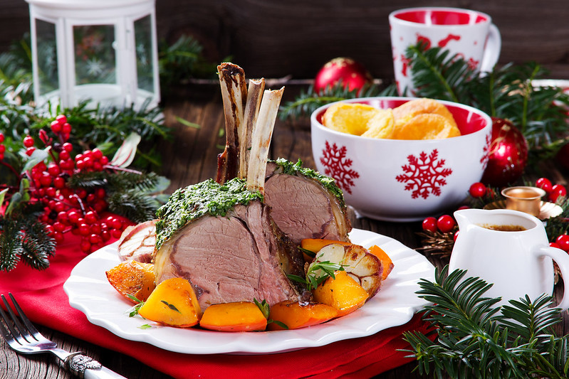 Christmas roast beef with Yorkshire pudding and roasted vegetables. Festive dinner.