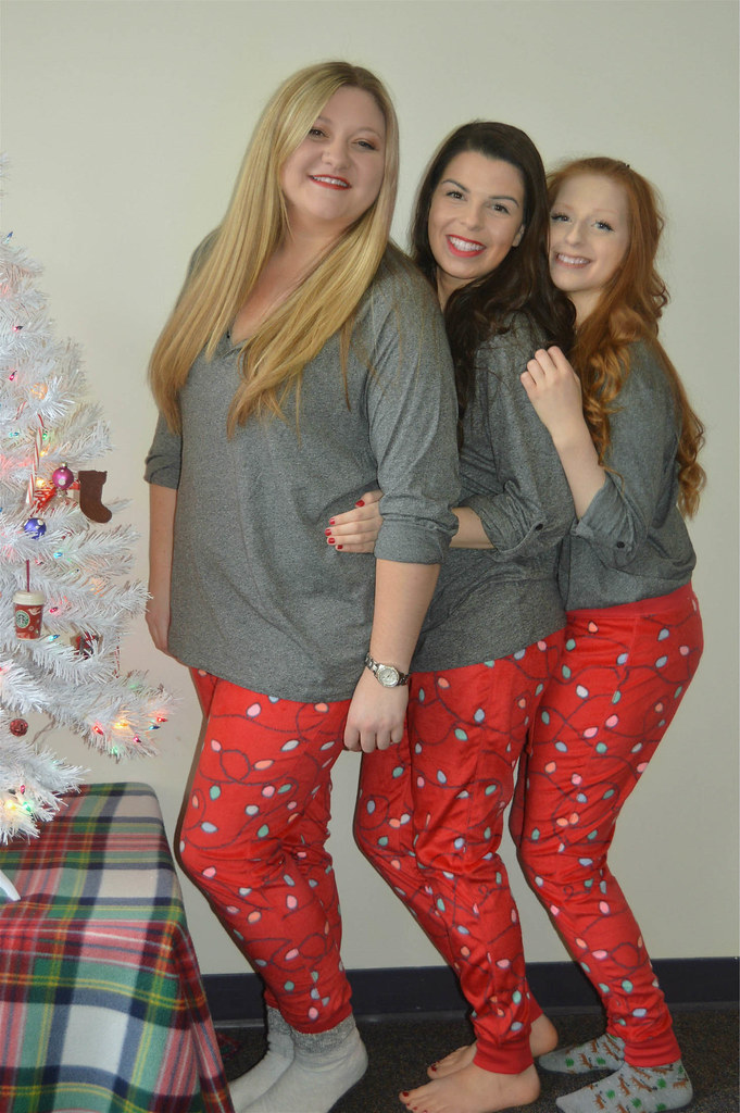 matching-christmas-pajamas-2