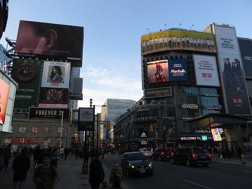 Dundas Square, Toronto, Ontario