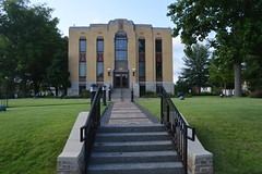 033 Lauderdale County Courthouse, Ripley