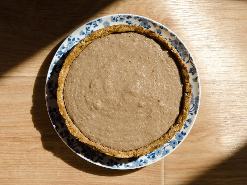 vegan tart with banana cream