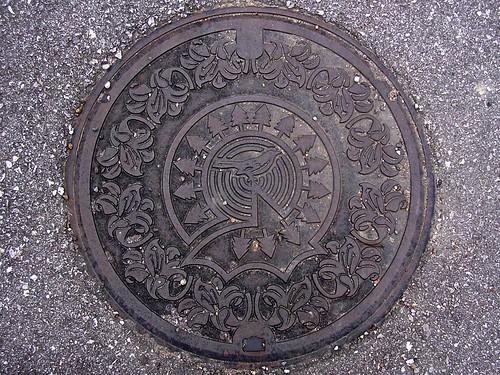 Taga Shiga, manhole cover (滋賀県多賀町のマンホール)
