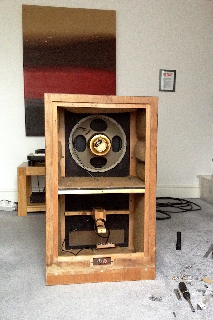 Tannoy mg 15 250 litre box port size pink fish media for L ported box dimensions