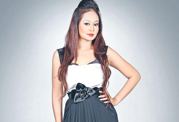 watak utama ... Jasmin Hamid