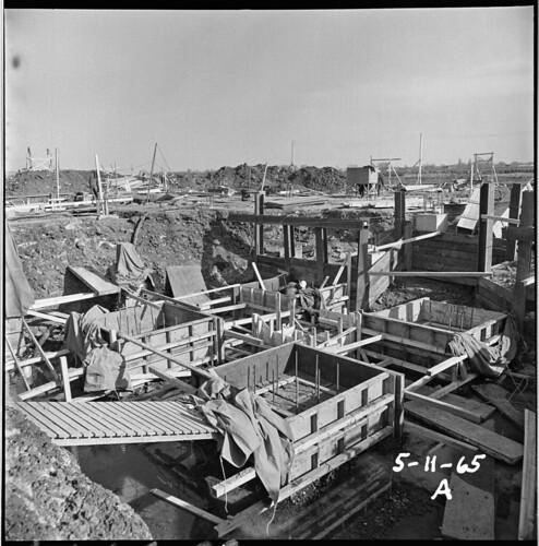 Site des travaux de construction du Pavillon du Québec, île Sainte-Hélène - E6,S7,SS1,P651994