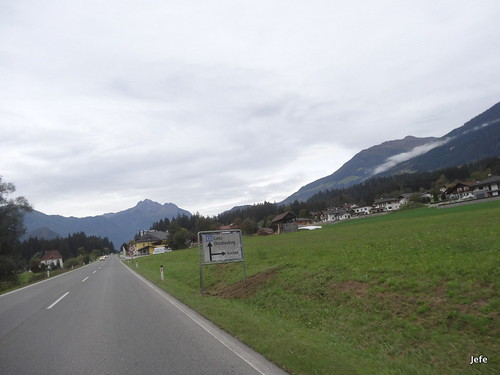 On the road to Grossglockner pass...