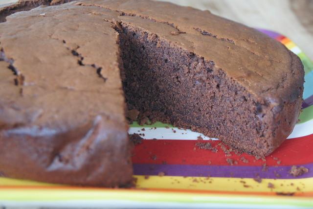 Rice malt syrup chocolate cake recipe DSC05757