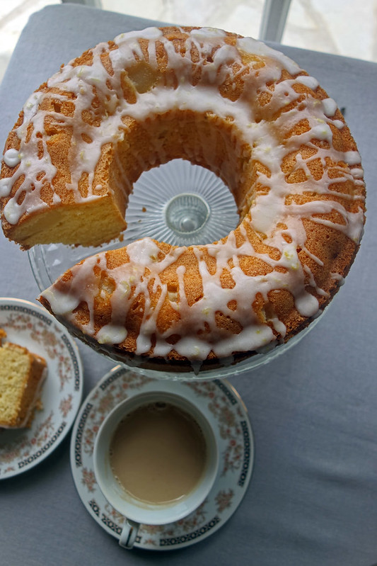 pear drizzle cake