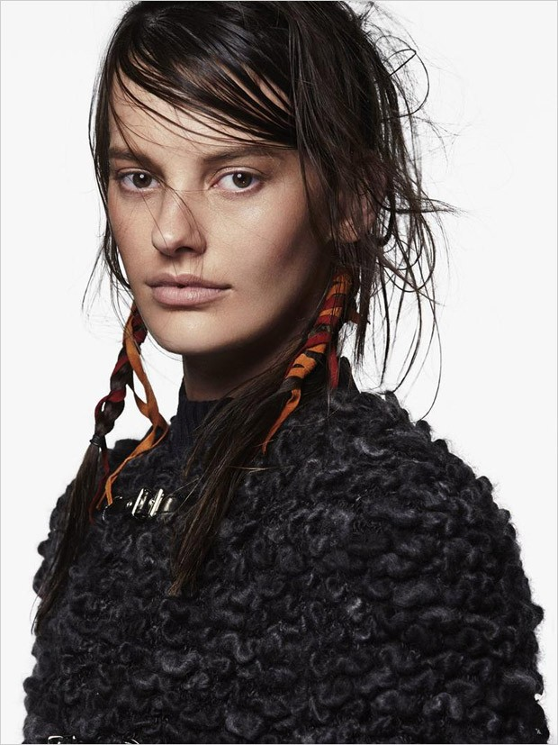 Amanda-Murphy-Vogue-Australia-Greg-Kadel-10-620x827