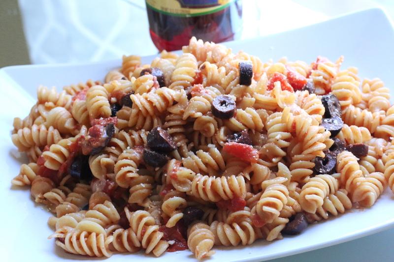 Tomato-Olive-Rotini-Pasta-recipe-6