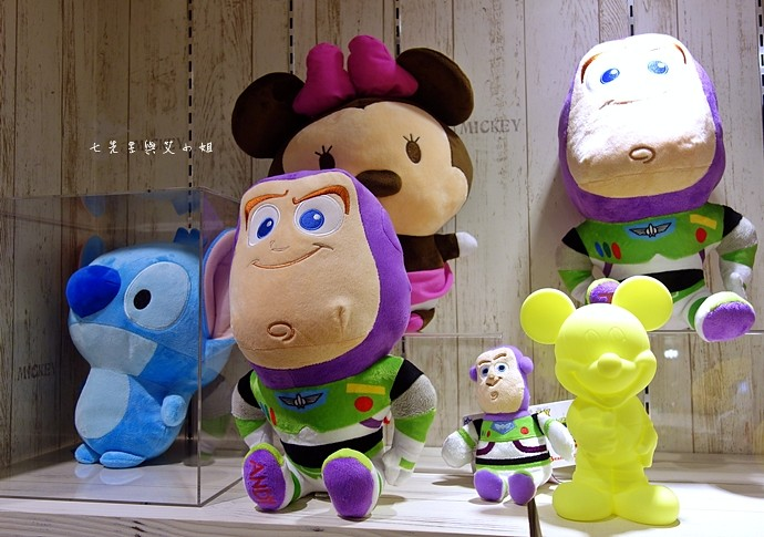 30 zakka house 微風松高 全球唯一正式授權迪士尼雜貨專賣店