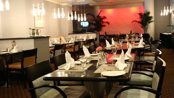 Dịch vụ sản xuất - thương mại bàn ghế khung chân sắt mặt gỗ: văn phòng, quán cafe, quán ăn, nhà hàng