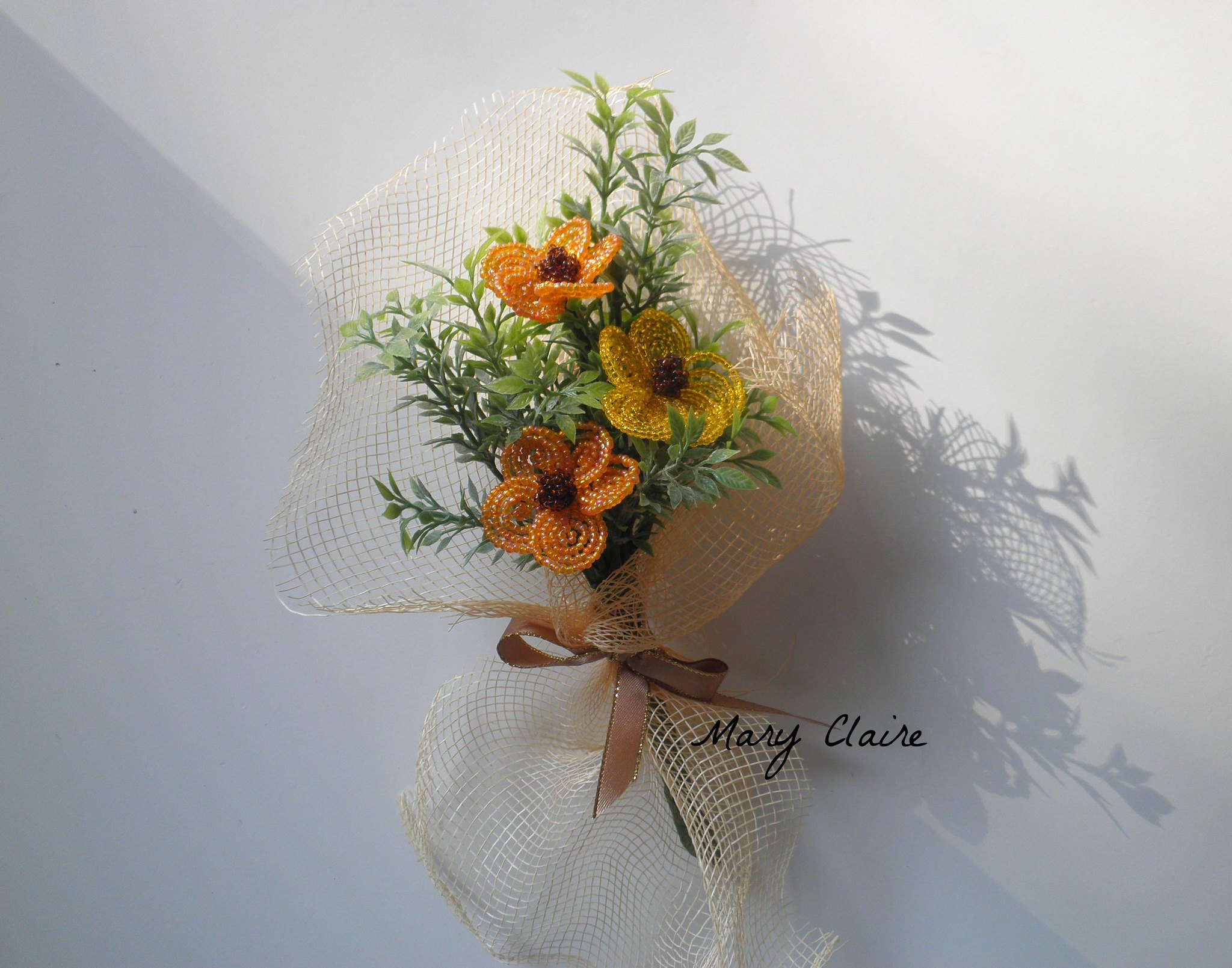 mazzolino anemoni tinta arancio