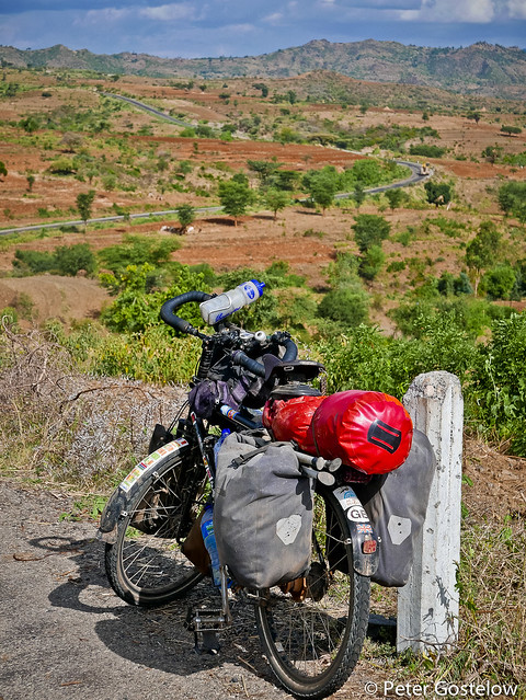 Road to Konso from Weito.