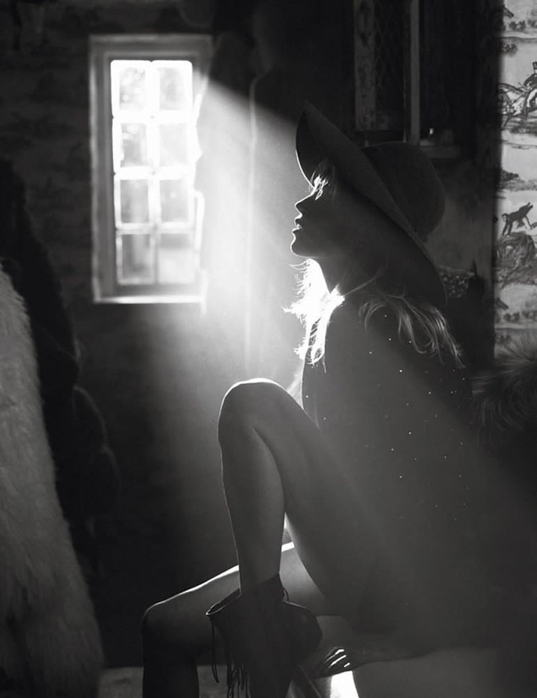 Кейт Мосс — Фотосессия для «Vogue» FR 2015 – 3
