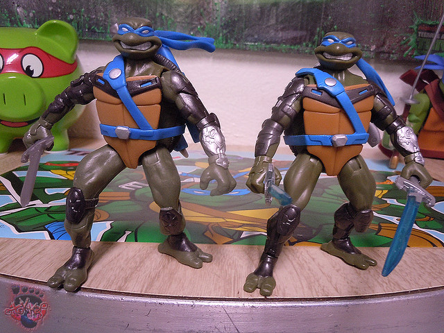 "Nickelodeon ""HISTORY OF TEENAGE MUTANT NINJA TURTLES"" FEATURING LEONARDO - 'TMNT : FAST FORWARD' LEONARDO iii (( 2015 ))"