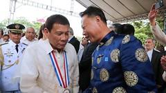 Tiếp xúc với một nhân vật trong Bọ Chính Trị Trung Cộng, Duterte rụt cổ