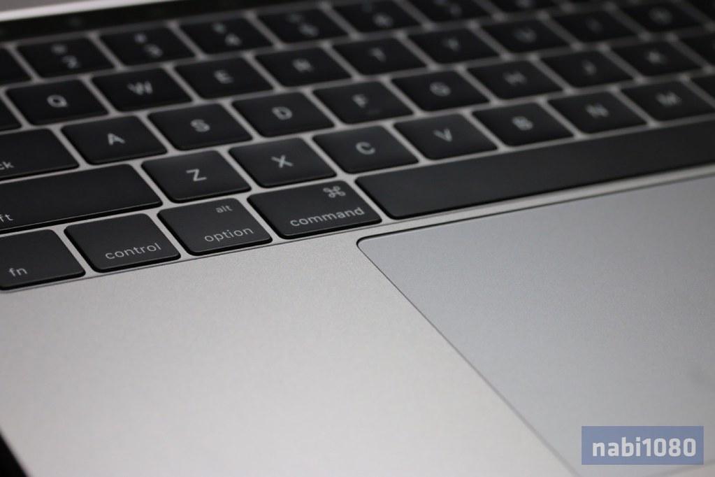 MacBook Pro 13インチ18