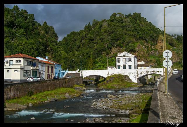 Puente en Povoação