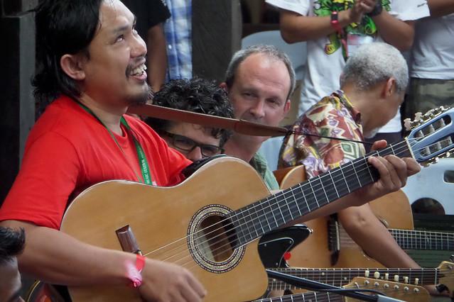 Rainforest World Music Festival 2015-Workshop-Guitars
