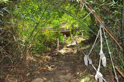 通往涼山瀑布第二層的岔路