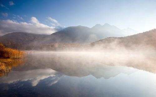 autumn sky mist mountain lake fall water fog clouds sunrise landscape schweiz switzerland see nebel herbst serene bergsee engadin oberengadin graubünden grisons stazersee bq0a3793bearb2