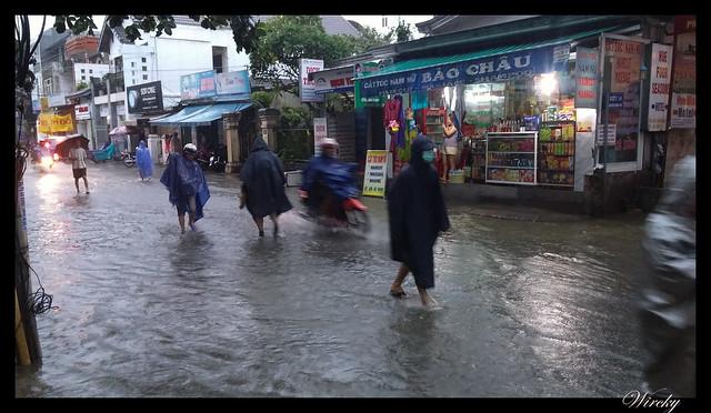 Viaje a Vietnam - Inundación en Hué
