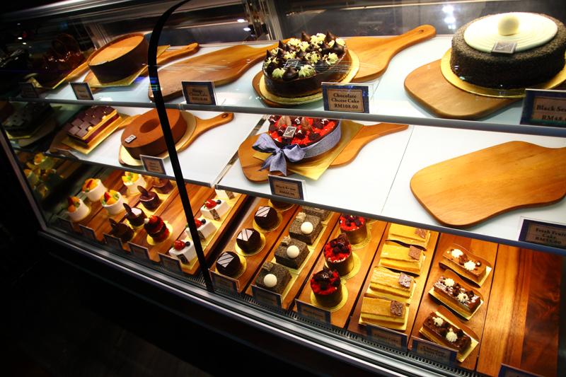 Cake-Display-Cabinet