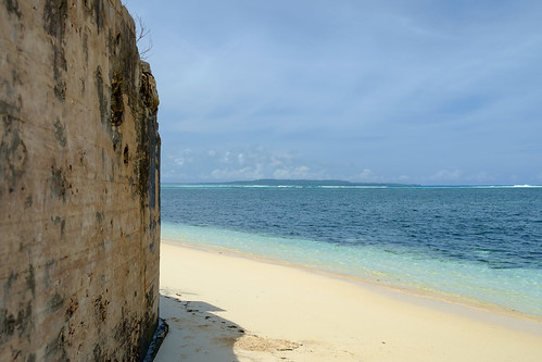 beach landscape pacificocean ww2 mp fortification saipan pacificisland tinian northernmarianaislands susupe fujixpro1