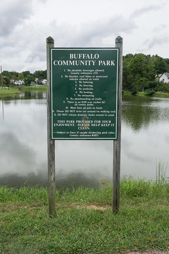 Buffalo Community Park sign