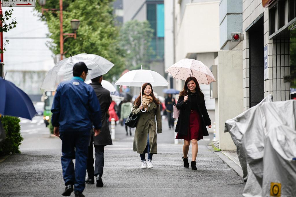 Shibuya 2 Chome, Tokyo, Shibuya-ku, Tokyo Prefecture, Japan, 0.005 sec (1/200), f/3.2, 200 mm, EF70-200mm f/2.8L IS II USM