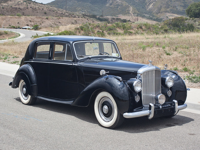 Bentley Mark VI Saloon 1946 года