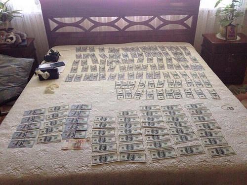 суддя гроши