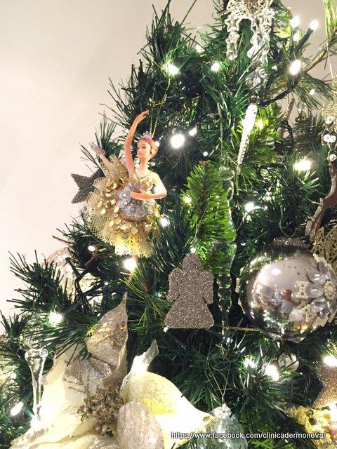 Arbol de Navidad y decoracion navideña