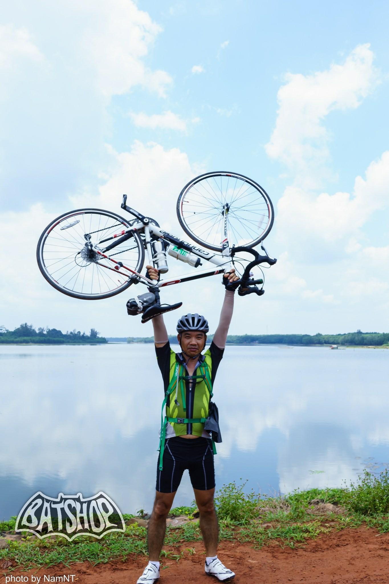 20653819841 80143e43a3 k - Hồ Cần Nôm-Dầu Tiếng chuyến đạp xe, băng rừng, leo núi, tắm hồ, mần gà