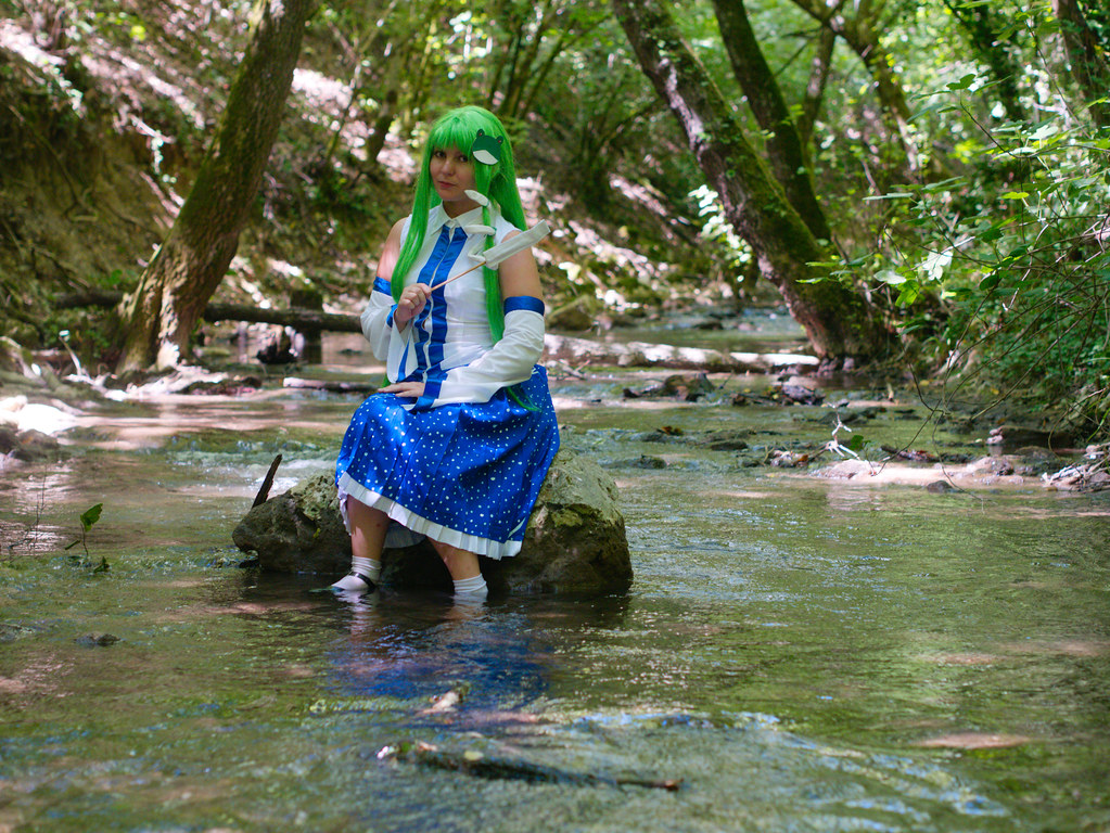 related image - Shooting Touhou project - Sanae Kochiya - Montrieux - 2015-08-16- P1180631