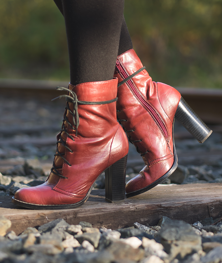 septemper_2015_redshoes