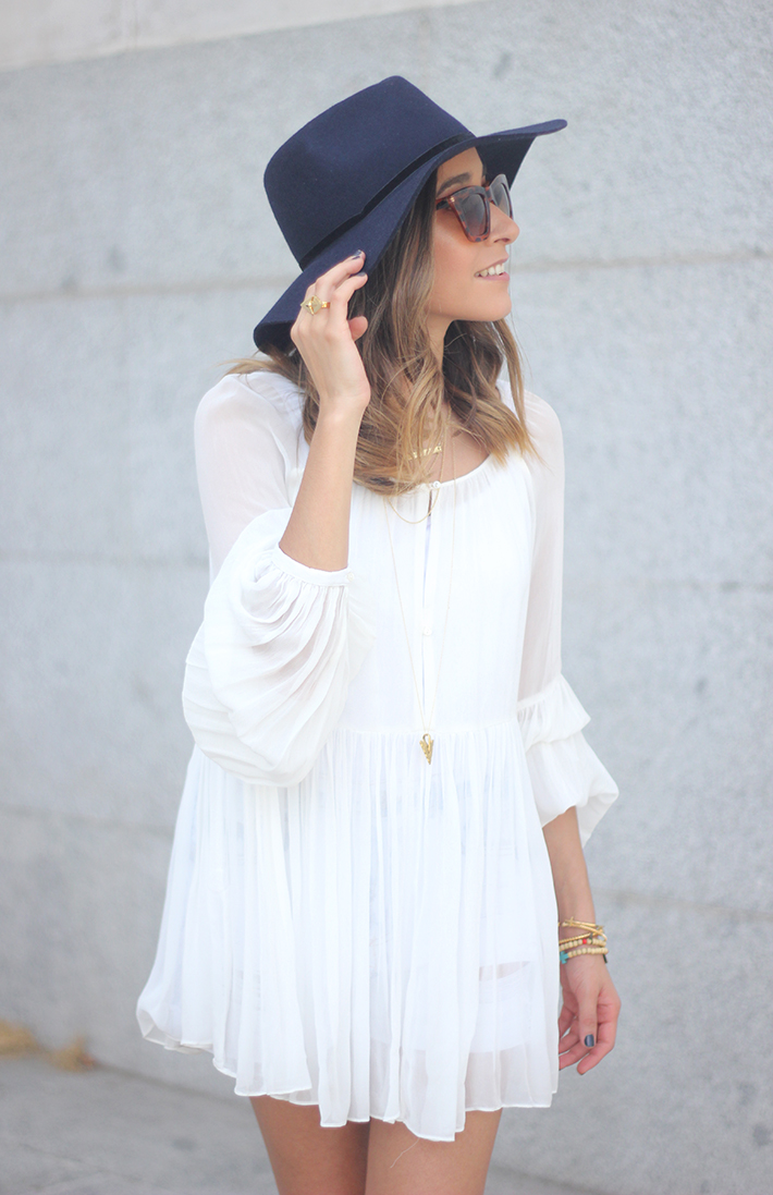Blue Hat WHite Blouse Pink Pale Wedges Outfit16