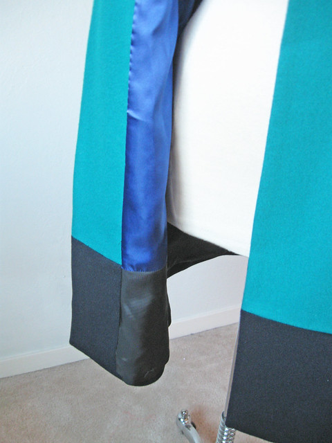 tricolor coat facing color block