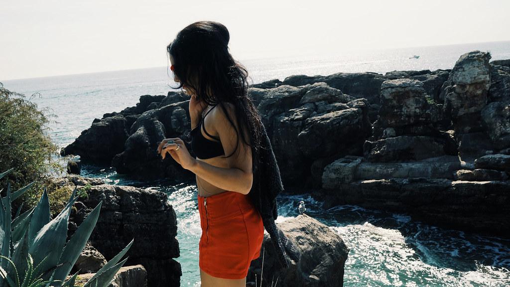 Ванесса Хадженс — Фотосессия для «Find Your California» 2015 – 42