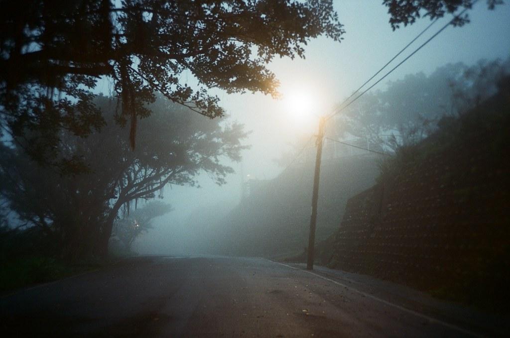 九份 Taipei / Portra 400 / Lomo LC-A+ 2015/11/14 欽賢國中外面,我很喜歡這張的色調。  Lomo LC-A+ Kodak Pro Portra 400 3187-0025 Photo by Toomore