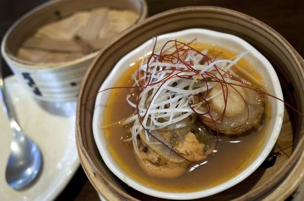 Steamed yesso scallop with XO sauce / 帆立のXO醤蒸し / 忠実堂 (千葉県船橋市)