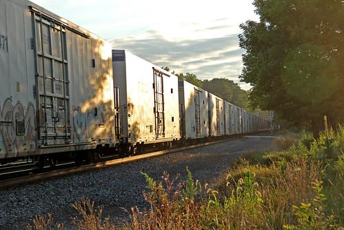 boxcars csx reefers sunrisephotography painesvilleohio csxtrains csxeriewestsubdivision