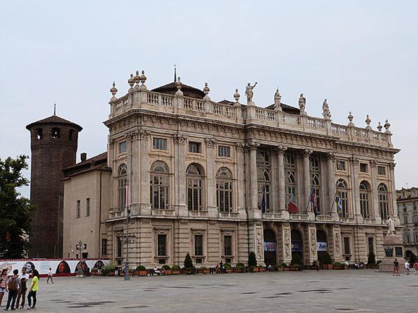 il palazzo Madame