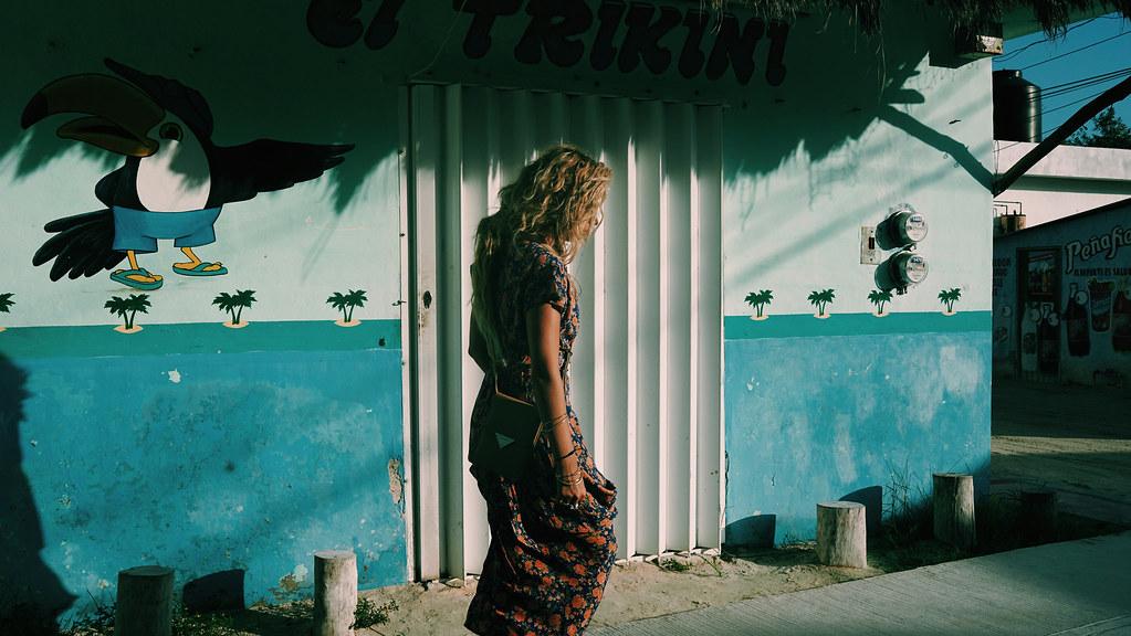 Эшли Бенсон — Фотосессия для «Find Your California» 2015 – 49
