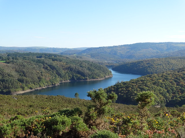 Embalse do Eume en las Fragas do Eume