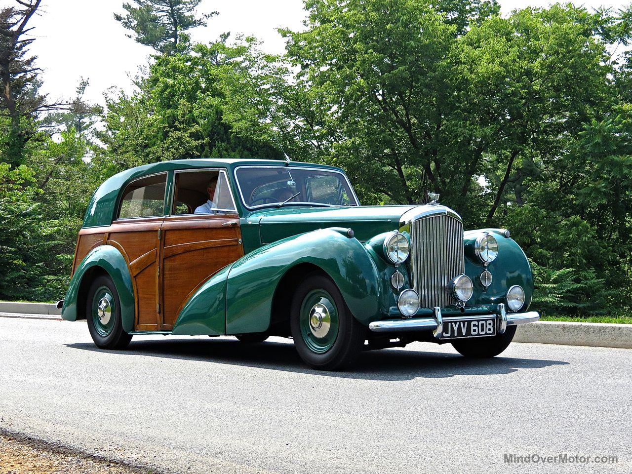 Bentley Mk6 Woody at Hershey 1