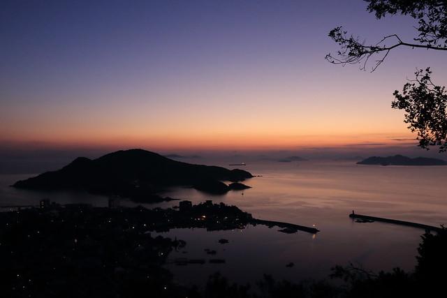 日の出25分前の風景